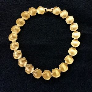 VINTAGE Lovely link necklace from Anne Klein store